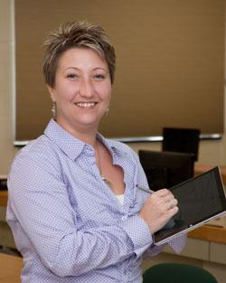 Ms. Merkel, IT-Applications instructor