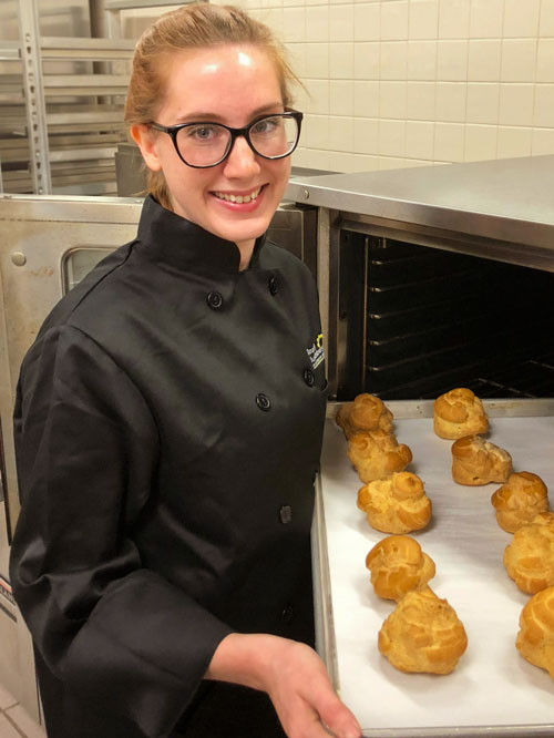 Emily Hilliard, Baking teacher
